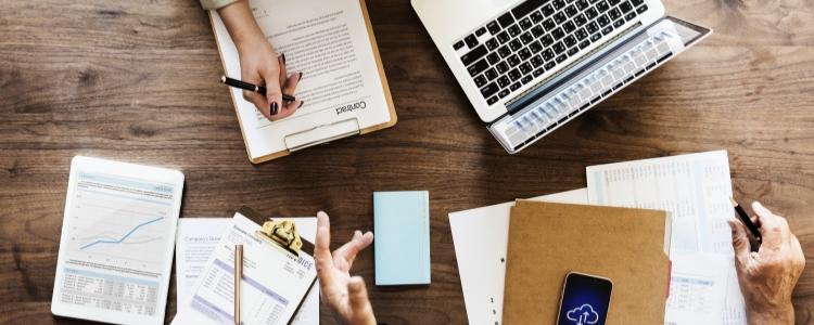 Selecionamos 7 maneiras incríveis na hora de saber como ganhar dinheiro trabalhando pela internet. Veja como começar!